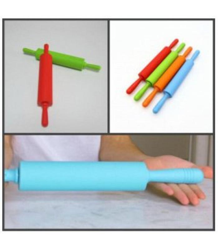 Скалка силиконовая с пластиковыми ручками 45 см
