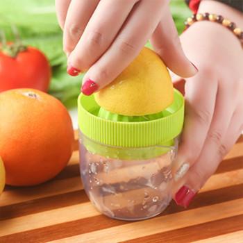 Соковыжималка для цитрусовых  ручная с пластиковым контейнером и крышкой