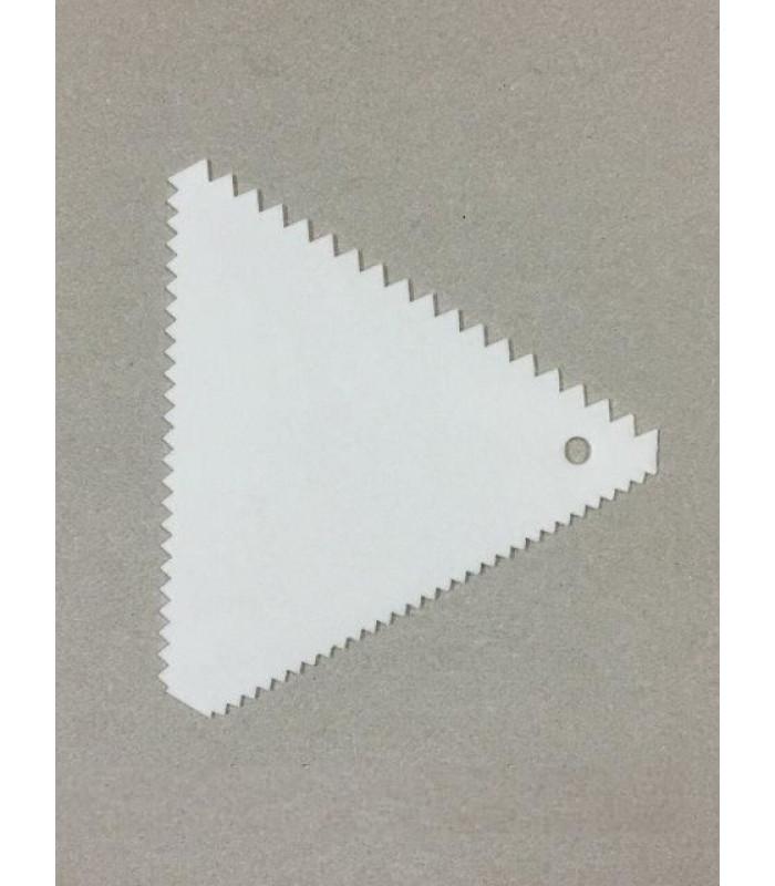 Шпатель - скребок кондитерский зубчатый (треугольный) №1